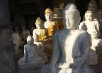 Mandalay, Kuthodaw Pagoda – Buddhas